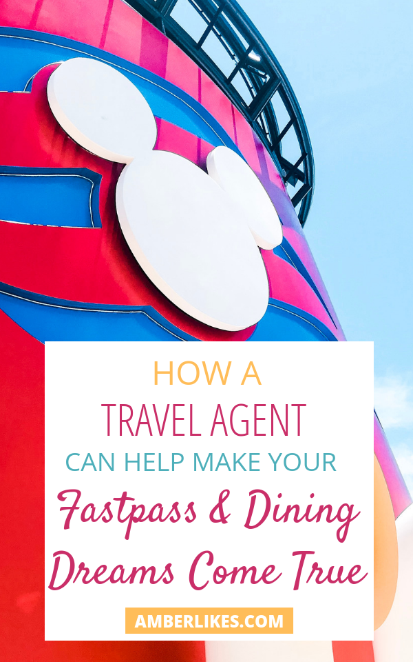 Orlando travel blogger, Amber Likes is sharing how to use a Disney travel agent while planning a Disney vacation! It's FREE!