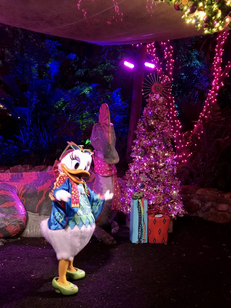daisy duck at animal kingdom